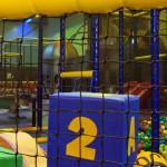 Herbestemming industriehal naar speeltuin